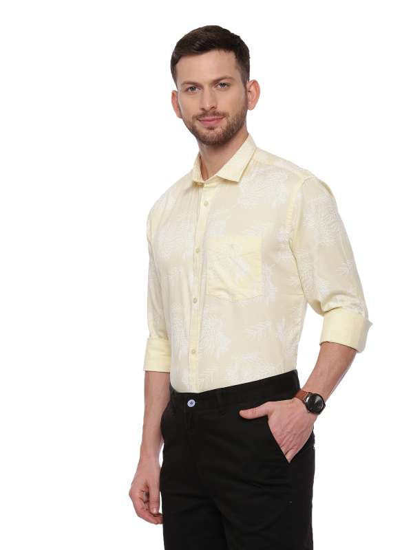Yellow Semi Casual Regular tailored Printed shirt