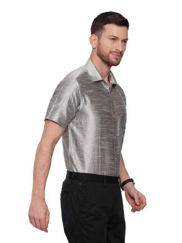 Grey Semi Casual Regular tailored solid shirt